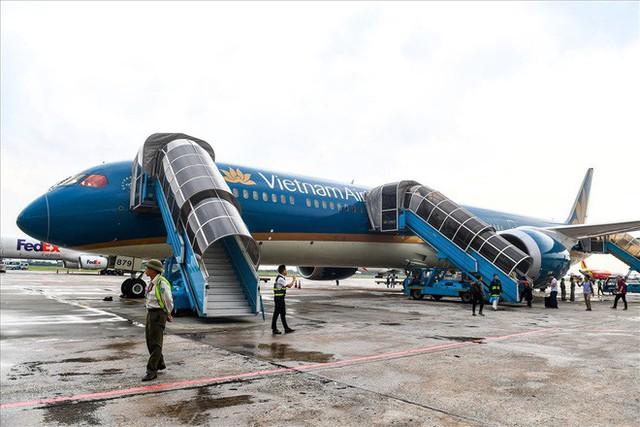 Có gì trong siêu máy bay Boeing 787-10 đầu tiên ở Việt Nam? - Ảnh 1.