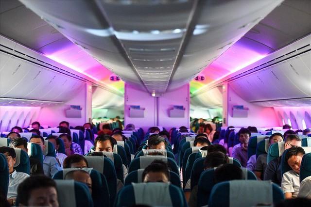 Có gì trong siêu máy bay Boeing 787-10 đầu tiên ở Việt Nam? - Ảnh 4.