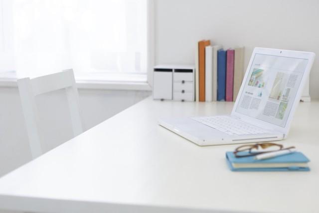 6 lưu ý khi bố trí bàn làm việc theo phong thủy để sự nghiệp thăng tiến, vạn sự như ý: Thay đổi nhỏ cũng đem lại lợi ích lớn! - Ảnh 2.