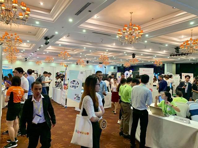 Vietnam Startup Day: 200 startup từ 11 nước thuyết trình trực tiếp, Vintech Fund thuộc Vingroup công bố đầu tư cho 14 CLB khởi nghiệp các trường đại học khu vực miền Nam - Ảnh 1.