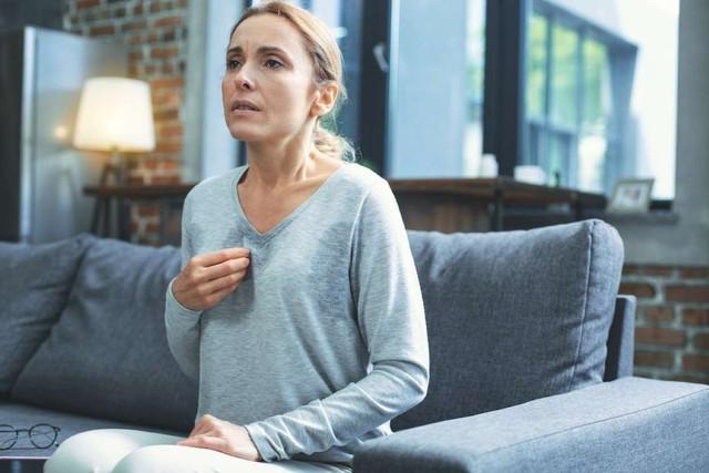 12 dấu hiệu tưởng bình thường nhưng cảnh báo bệnh tim mạch, bỏ qua là tự đưa mình đến cửa tử - Ảnh 1.