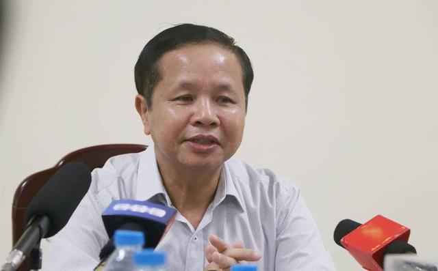 Đang bị đề nghị cách chức, Giám đốc Sở GD-ĐT Hoà Bình xin nghỉ chữa bệnh dài hạn  - Ảnh 1.