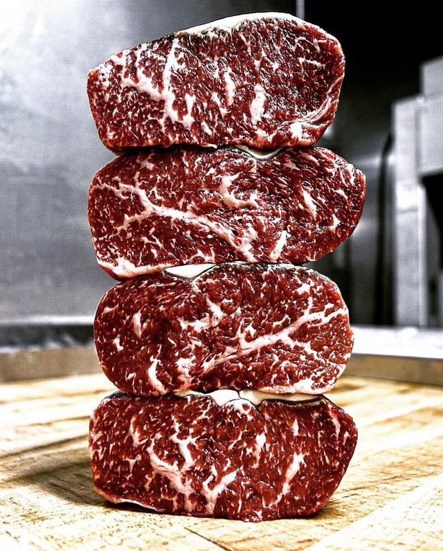 Miếng thịt để tận 15 năm vẫn được bán với giá 73 triệu: Nghe thấy kỳ cục nhưng sự thật về giá trị của nó mới bất ngờ - Ảnh 6.