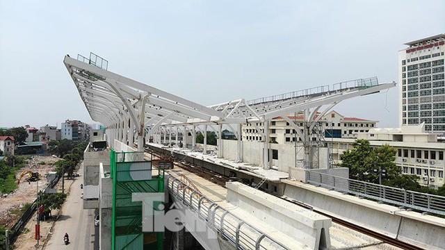 Hình hài đường sắt Nhổn - Ga Hà Nội sau 2 năm chậm tiến độ - Ảnh 11.