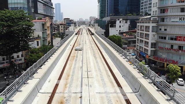 Hình hài đường sắt Nhổn - Ga Hà Nội sau 2 năm chậm tiến độ - Ảnh 6.