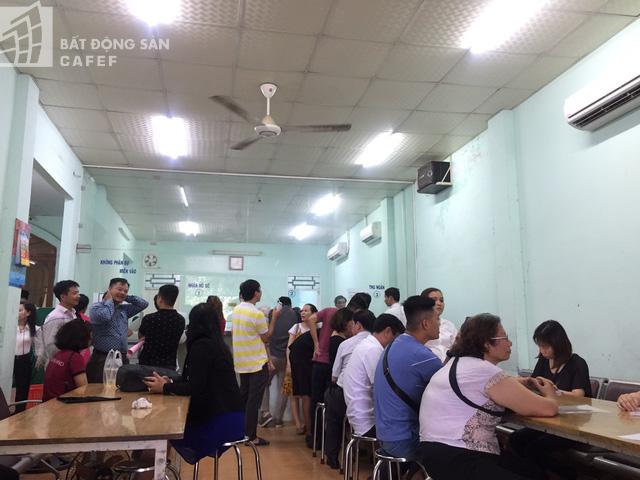 Bật mí bí quyết đầu tư của những nhà đầu tư cá mập sở hữu 100 nền đất ven Sài Gòn, kiếm lời gấp nhiều lần - Ảnh 2.