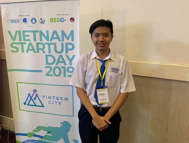 Dự án ấn tượng nhất Vietnam Startup Wheel: Founder mới học lớp 12, thu được 7.000 USD/năm từ nền tảng hỏi bài trên mạng - Ảnh 2.