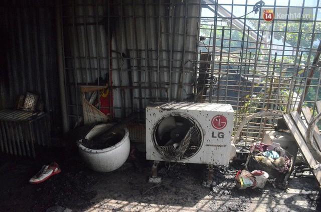 Nỗi khổ của gia đình thiệt hại gần 3 tỷ đồng trong vụ cháy nhà máy phích nước Rạng Đông: Lúc ấy cả 4 người chạy được đã là may lắm rồi - Ảnh 2.