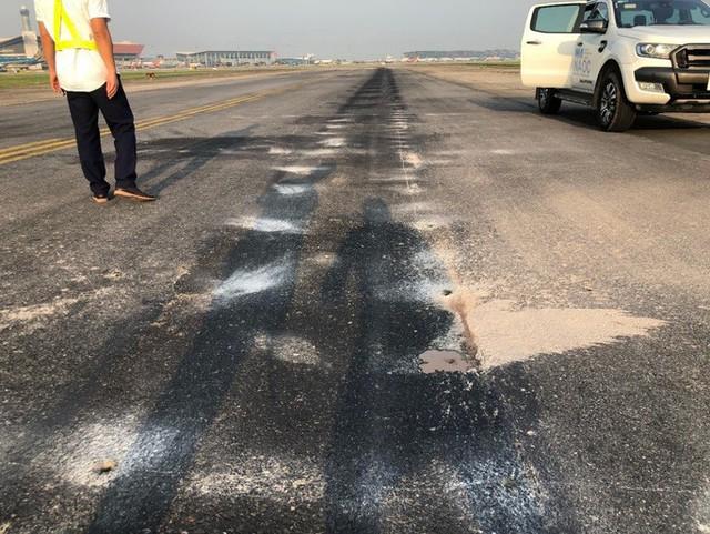 Sẽ đóng cửa một đường lăn tại sân bay Nội Bài để sửa chữa - Ảnh 3.