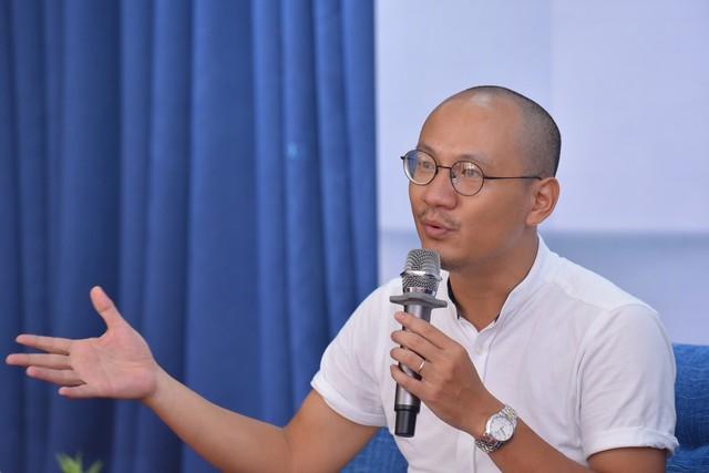 """MC Phan Đăng Ai là Triệu Phú: """"Người ta thường đòi hỏi con cái phải biết ơn bố mẹ, nhưng chính tôi phải biết ơn con của mình"""" - Ảnh 1."""