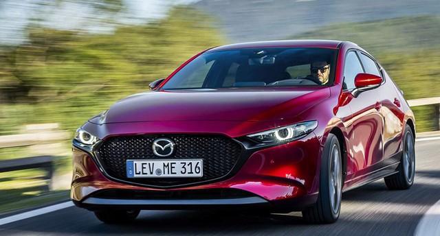 Hơn 12.000 xe Mazda3 2019 bị triệu hồi vì lỗi tựa đầu - Ảnh 1.