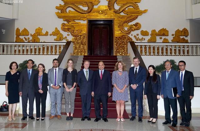 Việt Nam sẽ làm hết sức mình để EVFTA được thực thi tốt nhất - Ảnh 2.