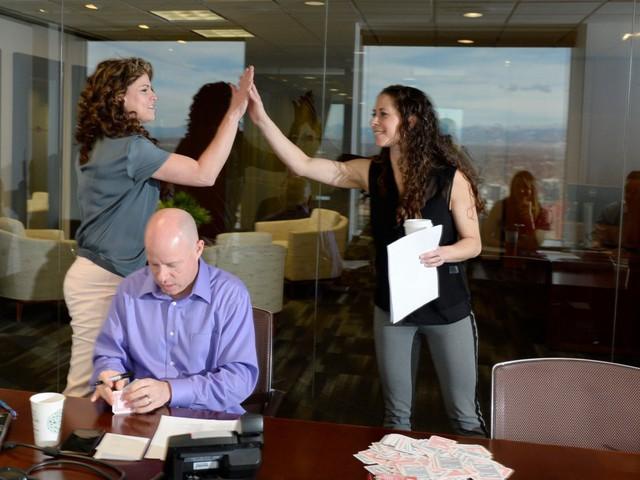 6 phiền muộn nơi công sở mà nhân viên nào đọc xong cũng phải gật đầu đồng tình: Đồng thời, đây cũng chính là tiếng lòng mà họ muốn gửi tới sếp của mình - Ảnh 6.