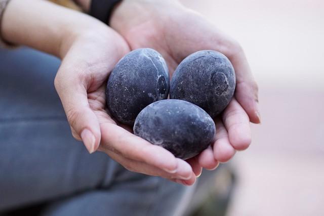 Người ta tin rằng ăn một quả trứng đen này của Nhật Bản sẽ tăng thêm 7 năm tuổi thọ - Ảnh 6.