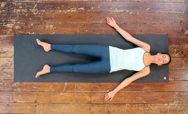 Yoga trị liệu: Chỉ dành 1-2 phút nhìn vào ngọn nến, thân và tâm nhận được 13 lợi ích lớn - Ảnh 7.