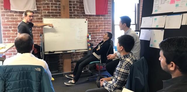 4 cách để khơi dậy sự chu đáo của mọi người trong văn phòng: Thực hiện ngay để biến nơi làm việc trở nên ấm áp và thoải mái như chính ngôi nhà của bạn - Ảnh 2.