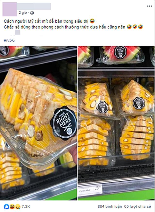 Dân mạng lác mắt với cách bổ mít kỳ quặc ở siêu thị nước ngoài, để nguyên vỏ lẫn cùi, nhìn không khác miếng dưa hấu - Ảnh 1.