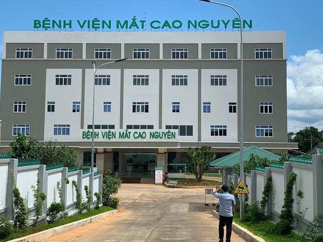 Phó TGĐ BHXH Việt Nam: Biểu hiện trục lợi BHYT ở Gia Lai rất rõ ràng - Ảnh 2.