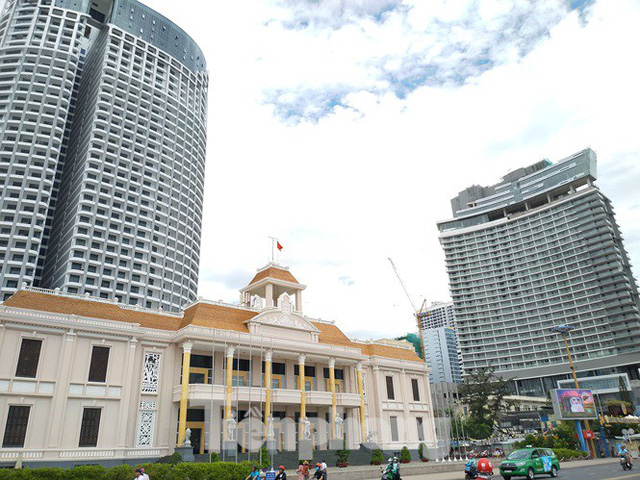 Cao ốc, khách sạn chọc trời đua nhau che mặt biển Nha Trang - Ảnh 6.