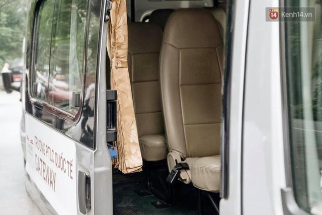 Clip thực nghiệm kỹ năng thoát hiểm khi bị mắc kẹt trong xe ô tô: Khóa cửa, tắt máy, còi xe liệu vẫn hoạt động? - Ảnh 4.