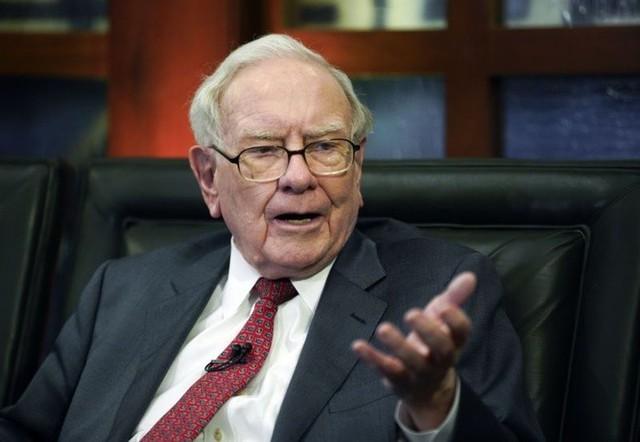 Chỉ từ một bữa ăn nhỏ, Warren Buffett đã dạy cho tôi bài học quý giá về sự thành công và đó chính là khoảnh khắc tuyệt vời nhất trong đời - Ảnh 1.