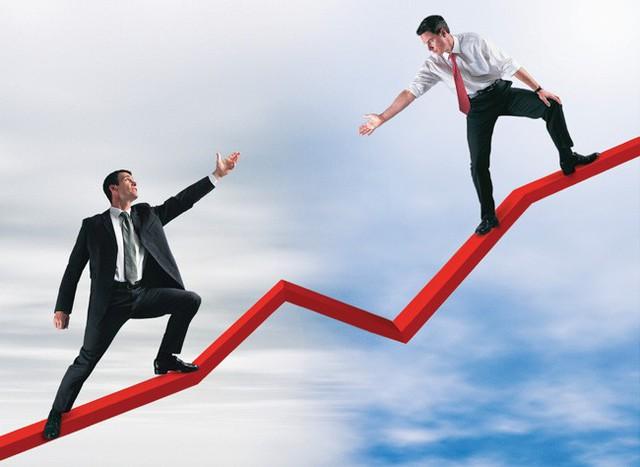 Tỷ phú khởi nghiệp từ 3.000 đô la: Muốn thành công thực sự, bạn phải phá bỏ 3 quy tắc kinh doanh ngu ngốc này - Ảnh 1.