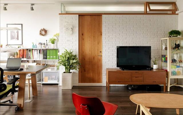 Căn hộ đẹp và lạ mắt của một kiến trúc sư tự thiết kế - Ảnh 2.