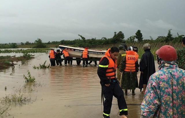 Mưa lớn kéo dài, Đắk Lắk ngập lụt diện rộng - Ảnh 6.