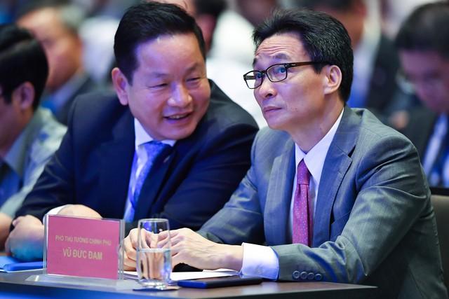 Chủ tịch Vinasa Trương Gia Bình:  Chuyển đổi số đem tới cơ hội phát triển chưa từng, như Amazon là tập đoàn bán lẻ toàn cầu mà chỉ có 6 kế toán - Ảnh 1.