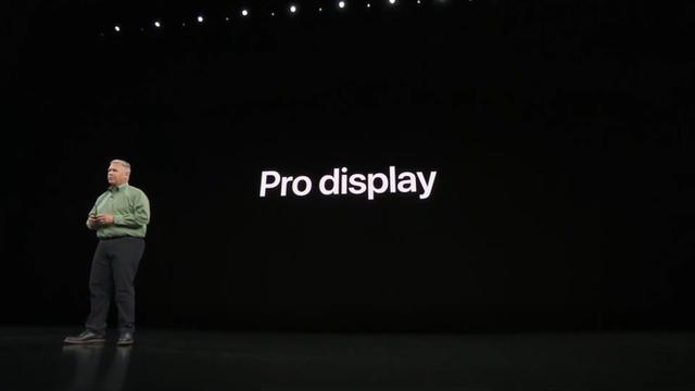 Apple ra mắt iPhone 11 Pro và iPhone 11 Pro Max: Thiết kế pro, màn hình pro, hiệu năng pro, pin pro, camera pro và mức giá cũng pro - Ảnh 2.