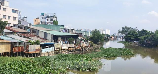 Sông rạch Sài Gòn bị bức tử như thế nào? - Ảnh 1.