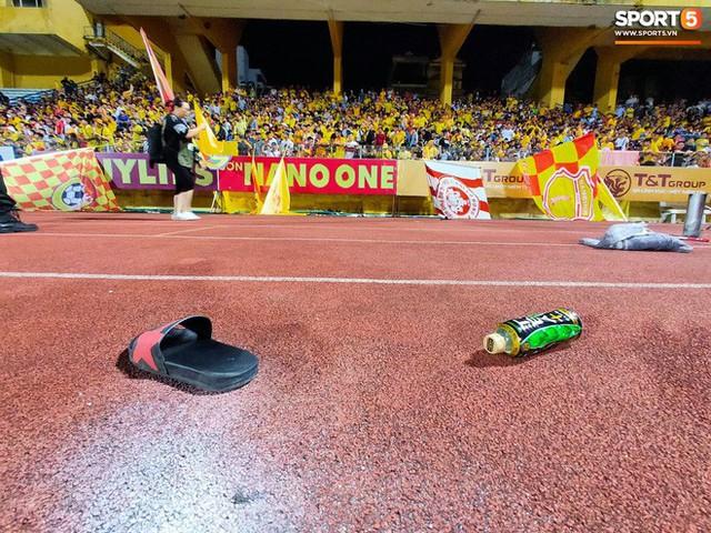 Nữ CĐV bị bỏng nặng vì trúng pháo: Vết nhơ của bóng đá Việt Nam - Ảnh 5.