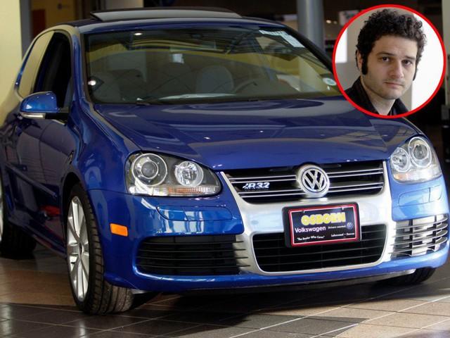 Cùng giàu nứt vách nhưng các tỷ phú lại có sở thích đi xe khác biệt: CEO Facebook sắm siêu xe giống đại gia Minh Nhựa, Jeff Bezos lại giản dị khó ngờ! - Ảnh 2.
