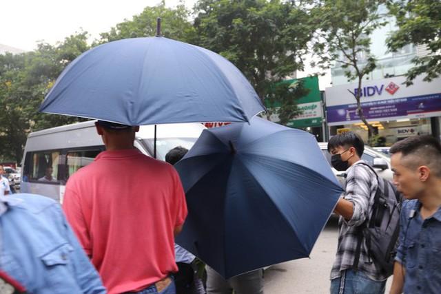 Luật sư: Buổi thực nghiệm hiện trường ngày 13/9 chưa liên quan đến bà Nguyễn Bích Quy - Ảnh 12.