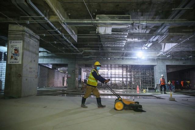 Diện mạo đường hầm Metro số 1 xuyên lòng đất tại trung tâm TP HCM - Ảnh 11.