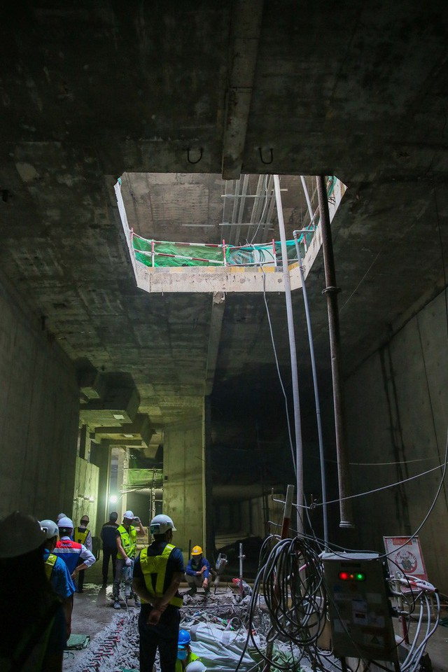 Diện mạo đường hầm Metro số 1 xuyên lòng đất tại trung tâm TP HCM - Ảnh 8.