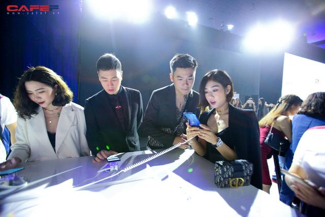Trải nghiệm MXH Lotus ngay trước giờ G: Các khách mời vô cùng thích thú với tính năng độc đáo, khác biệt trong sản phẩm của người Việt! - Ảnh 3.