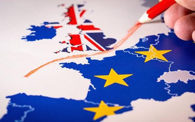 Anh đạt được bước tiến lớn trong đàm phán về Brexit với EU - Ảnh 1.