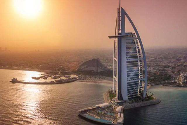 Khám phá những khách sạn và resort sang trọng nhất thế giới - Ảnh 3.