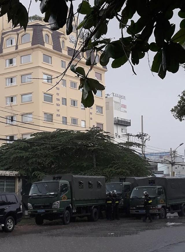 Công an bắt ông Nguyễn Thái Lĩnh và đang khám xét trụ sở Công ty Alibaba  - Ảnh 2.