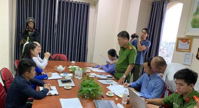 Công an bắt ông Nguyễn Thái Lĩnh và đang khám xét trụ sở Công ty Alibaba  - Ảnh 3.