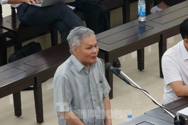 Xét xử Thứ trưởng Lê Bạch Hồng: Ai sẽ trả tiền cho bảo hiểm Việt Nam - Ảnh 1.