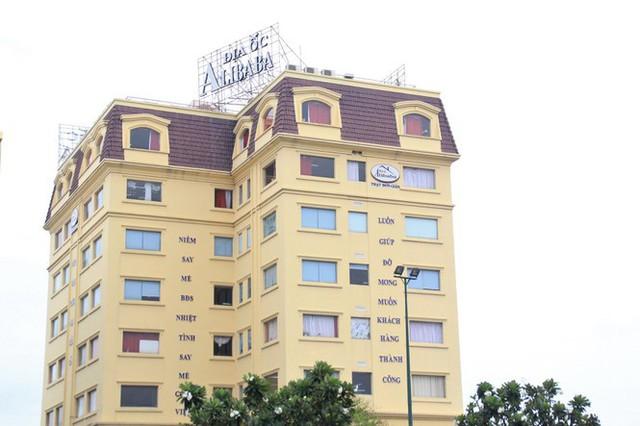 Nhân viên Địa ốc Alibaba làm gì sau ngày Chủ tịch, Giám đốc bị bắt? - Ảnh 10.