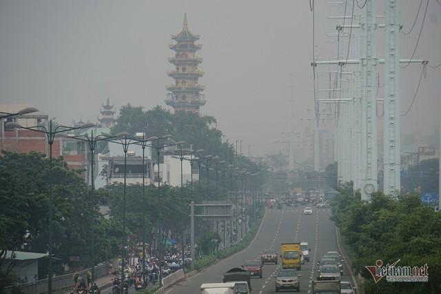 Sương mù ở Sài Gòn có thể do ô nhiễm không khí nặng - Ảnh 5.