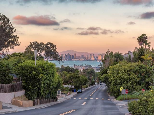 12 thành phố Mỹ khó mua được nhà dù thu nhập cao - Ảnh 10.