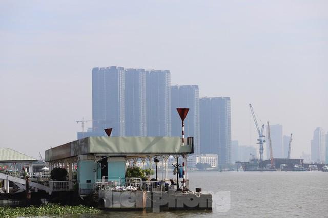Sài Gòn mờ ảo trong sương mù - Ảnh 12.