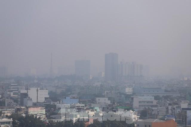 Sài Gòn mờ ảo trong sương mù - Ảnh 3.