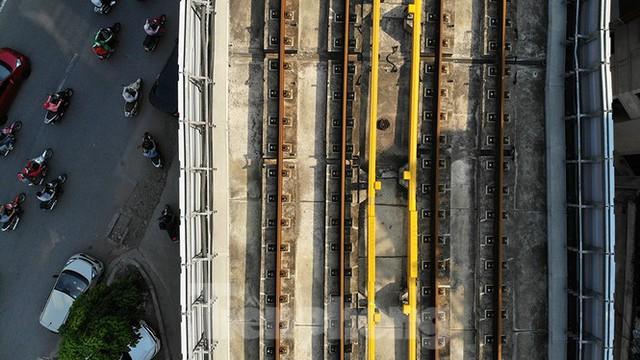 Cận cảnh đường sắt xây dựng hơn một thập kỷ, đội vốn hơn 18 nghìn tỷ - Ảnh 8.