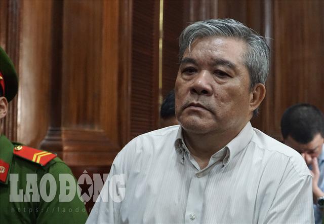 Xét xử vụ VN Pharma: Bị cáo Phạm Văn Thông bất ngờ phải đi cấp cứu - Ảnh 1.