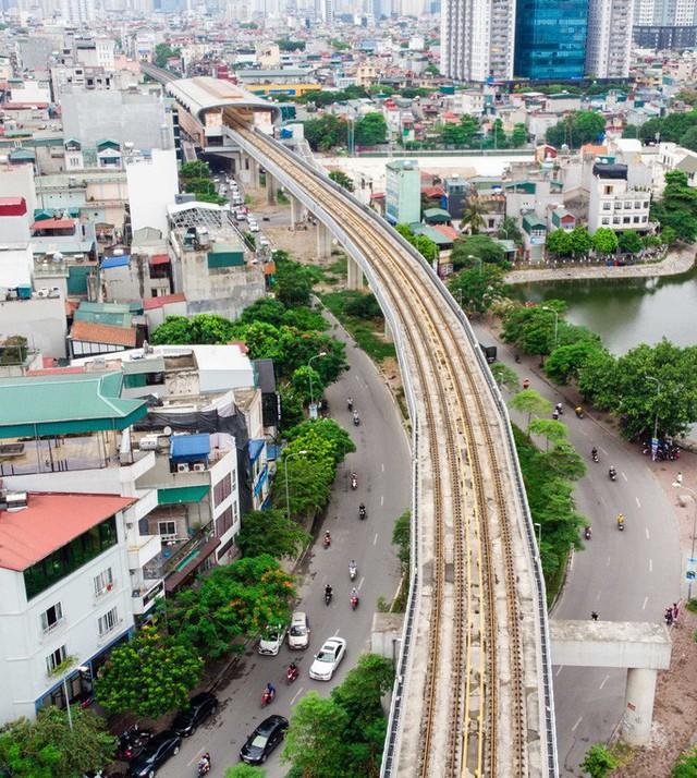 Cận cảnh đường sắt Cát Linh-Hà Đông tiến độ kiểu rùa bò hơn thập kỷ  - Ảnh 14.